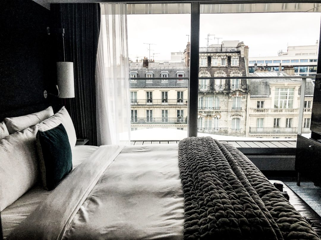 dorisknowsfashion blog mode hotel paris renaissance arc de triomphe